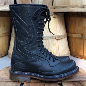 LIKE NEW Dr. Marten's Combat Boot